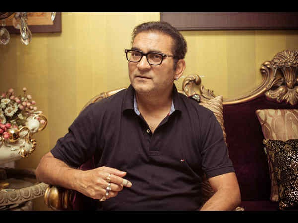 Twitter SUSPENDS Singer Abhijeet Bhattacharya's Account For Posting Offensive Tweets!