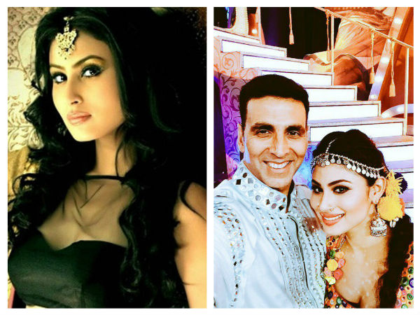 Mouni Roy To Make Her Bollywood Debut Opposite Akshay Kumar?