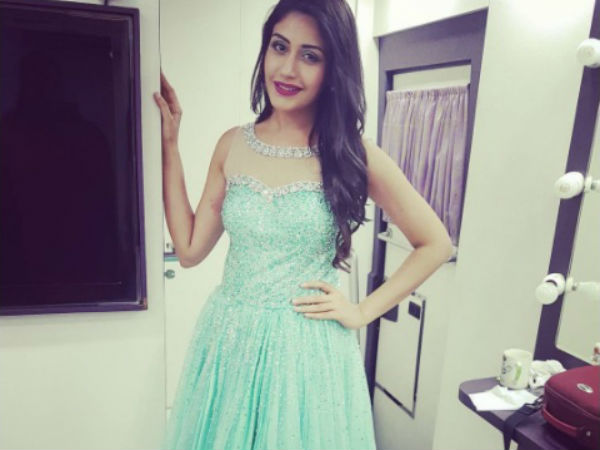 Surbhi Chandna Posts A Heartfelt Message Post Her Big Win At Star Parivaar Awards 2017!