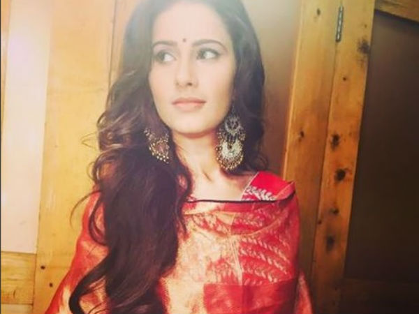 Shivani Doesn't Want To Hurt Sanaya's Fans!