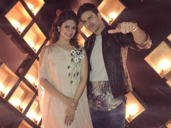 Fans Stay Up All Night To Support DiVek!
