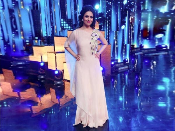 Divyanka Was The First TV Actress To Cross 4M Followers