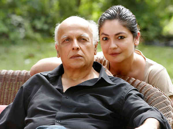 When Pooja Called Up Her Dad Mahesh Bhatt To Make A Guilty Confession
