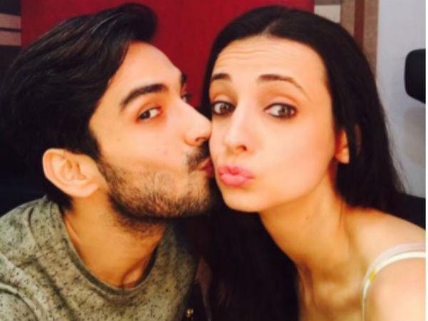 Mohit and sanaya dating