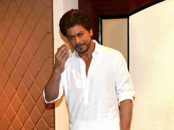 A Day In Shahrukh Khan's Life On Eid