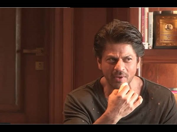 SRK & Retirement From Acting? Nah, That's Just Not The Case!