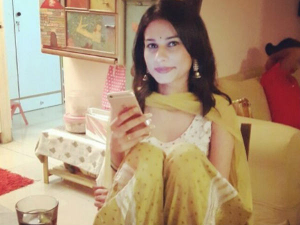 Beyhadh Actress Aneri Vajani Shuts Down Body-shaming Trolls!