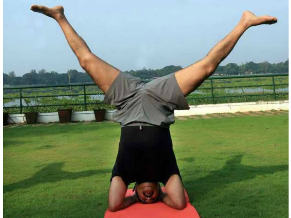 Mohanlal's Yoga Day Post Goes Viral!