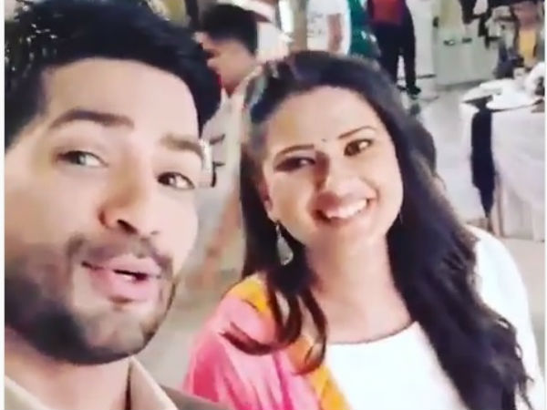 Amit Tandon Wishes Kratika
