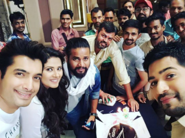 Sharad Malhotra Wishes Kratika