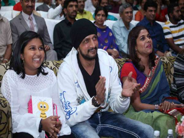 Sudeep Confers The Badge On To His Daughter