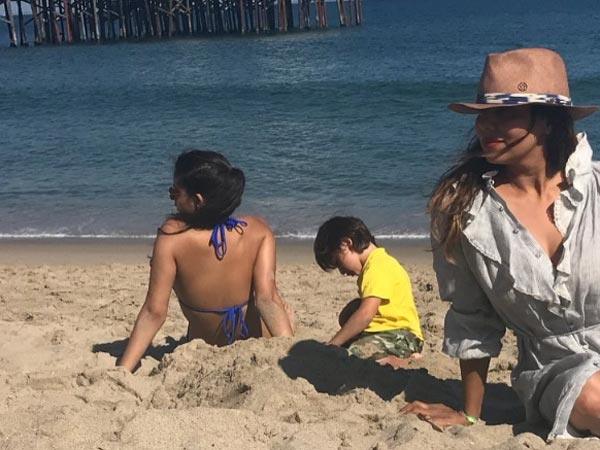 Gauri Khan Sunbathes With Suhana & AbRam At The Malibu Beach! View Pics