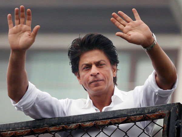 SRK Prefers To Hide His Emotions Instead