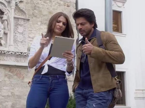 When Anushka Told SRK, He Can't Act...