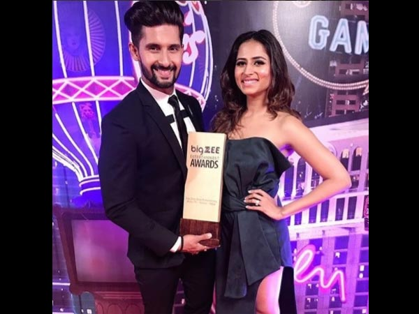 Ravi Dubey Bags BIG Zee Most Entertaining Actor TV (Male) Award