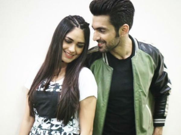 mrunal thakur and arjit taneja dating simulator