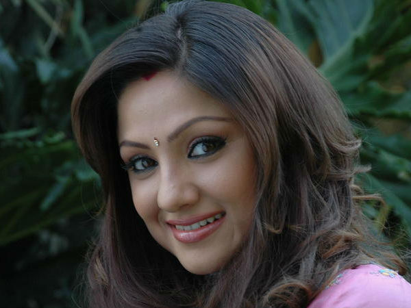 Priyanka Upendra With Director Of Mummy – Save Me, Lohith H