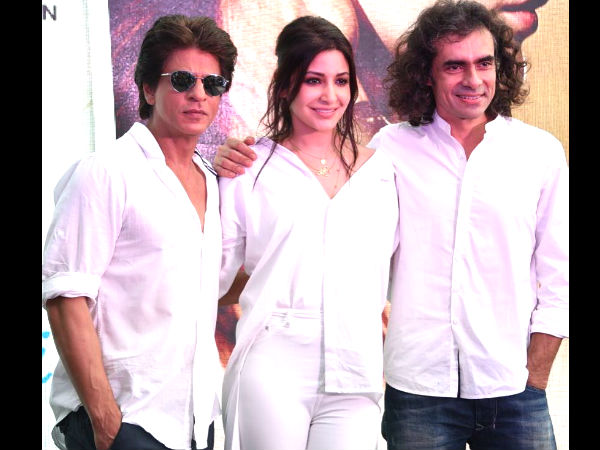 When Imtiaz Ali Made Shahrukh Khan Eat A WEIRD Seafood Dish & Left Him SCARED!