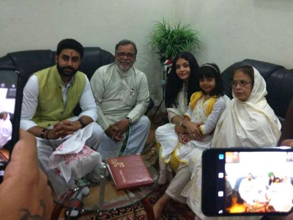 Image result for aishwarya rai and abhishek at Bachchans home in Allahabad
