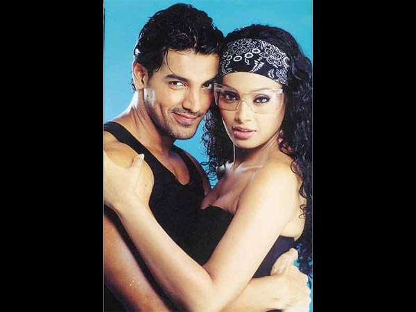 WHY THEY BROKE UP? John Abraham & Bipasha Basu Were MADE FOR EACH OTHER Says This Bollywood Actress