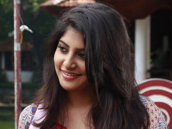 Manjima Mohan – A Populr Actress In Kollywood & Tollywood