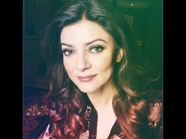 Sushmita Sen Appears In Court In Car Import Case!