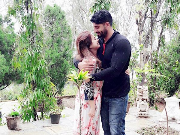 Urmila Matondkar Finally Shares An Adorable Picture With Her Husband Mohsin!
