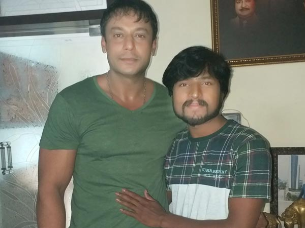 Darshan Thoogudeep Finally Meets His Fan Channappa