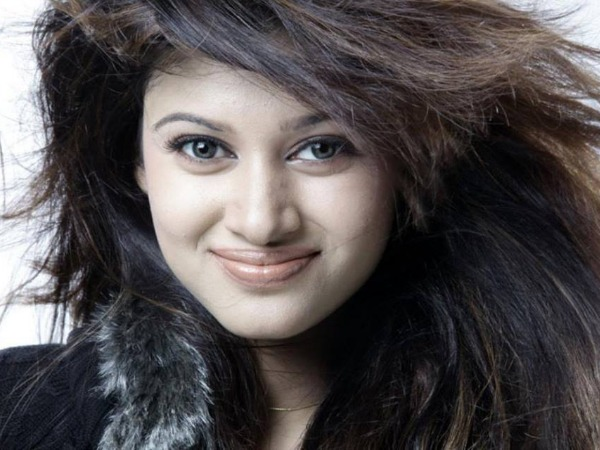 Attention Oviya Fans! Here Are Some Interesting Updates On Her Upcoming Projects