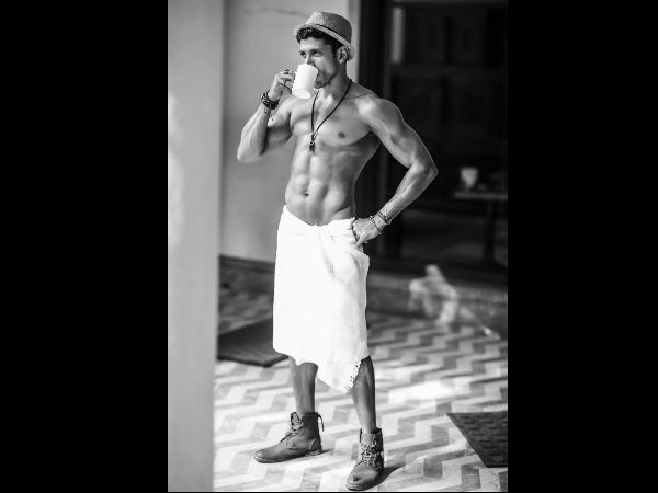 Don't Miss! Here Are The Sexiest Pictures Of Farhan Akhtar
