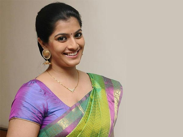 Varalaxmi Sarathkumar To Team Up With Mysskin's Associate