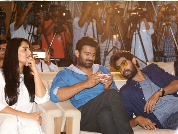 On that Note, Check Out More Lovely Pics Of The Baahubali Trio..