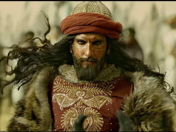 UNBELIEVABLE! Ranveer Singh's Injury Is A Good Luck Charm For Padmavati