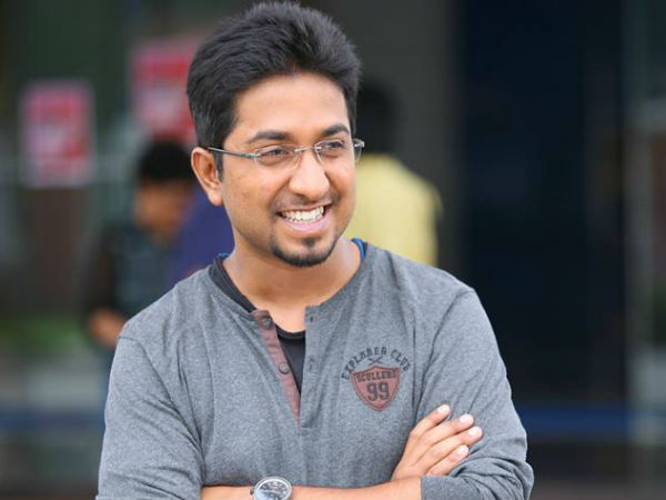 Popular Malayalam Actress Back To Mollywood With Vineeth Sreenivasan's Next!