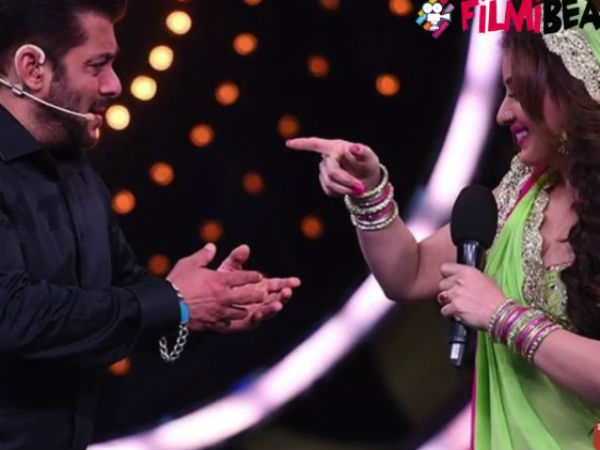 Salman Slams Shilpa & Praises Her As Well
