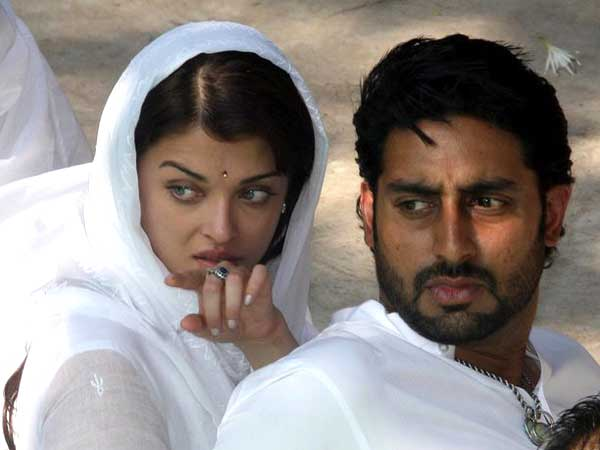 HIDING A SECRET! What's Cooking Between Aishwarya Rai Bachchan & Abhishek Bachchan?