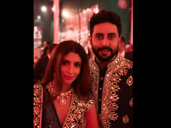 The Bachchans Look Royal At A Family Wedding!