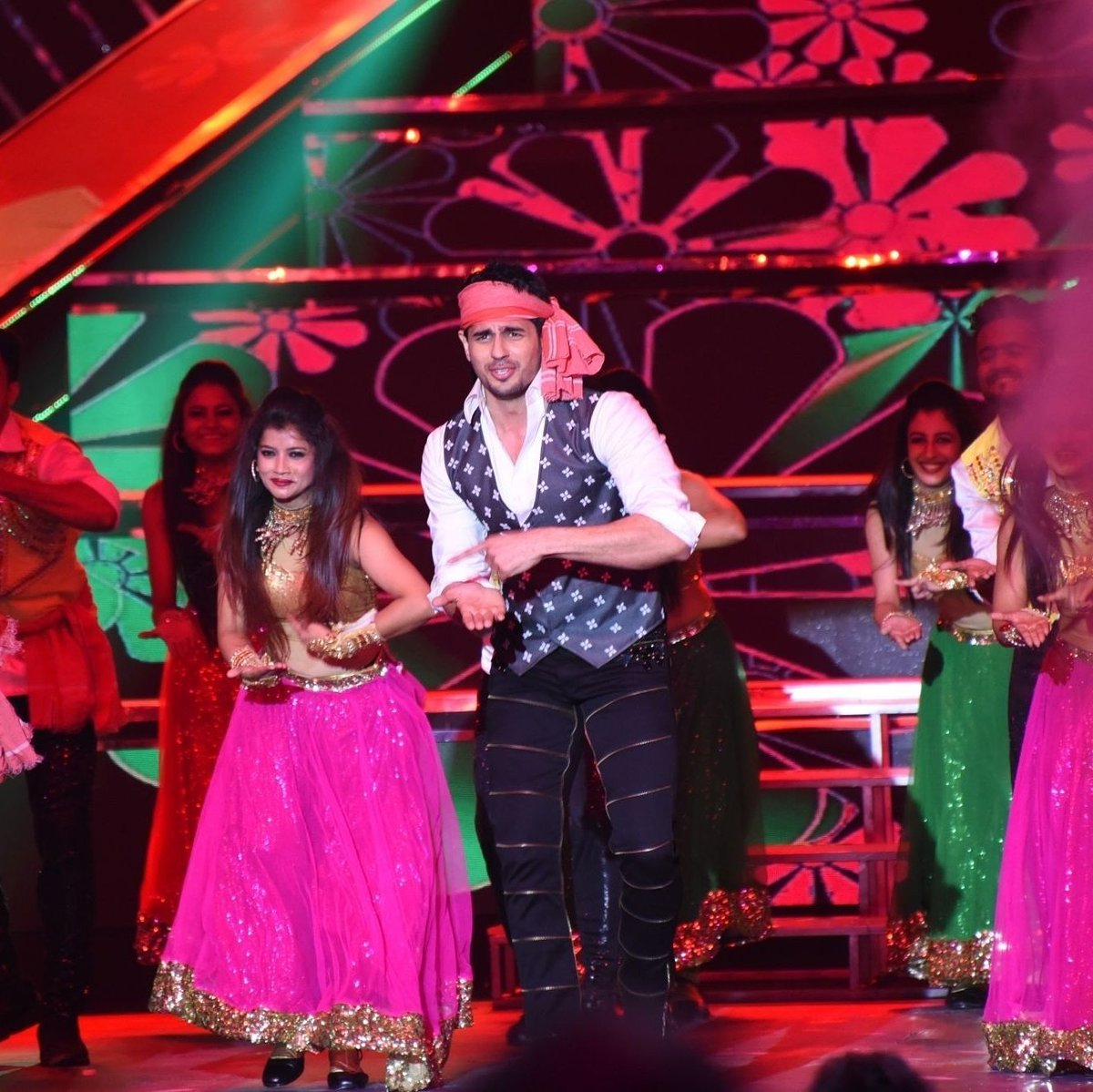 Sidharth Performed At IFFI 2017