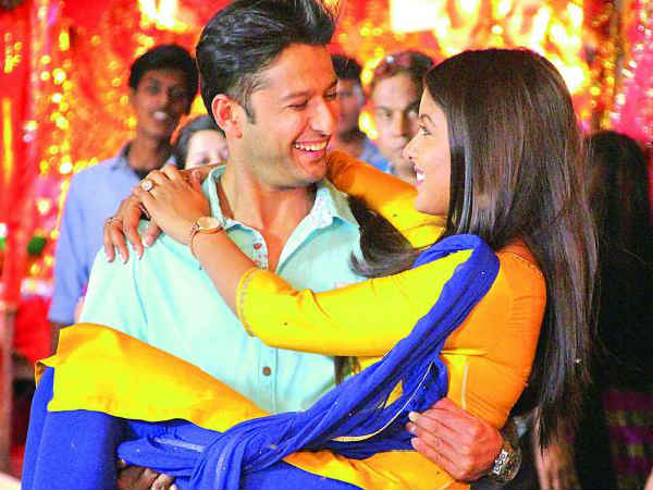 Vatsal Is Happy To Have Ishita By His Side