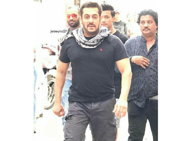 What Makes Salman Feel Embarrassed?
