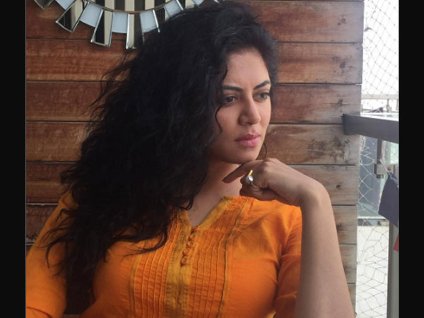 Kavita Kaushik Confirms That It's A Fake Article