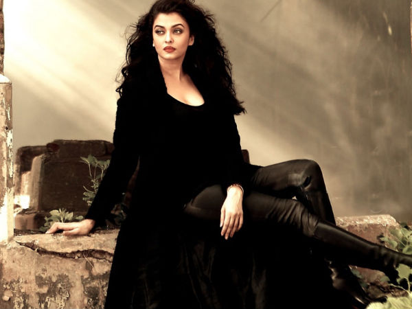 Aishwarya Rai Bachchan may be roped for remake of this Bollywood film
