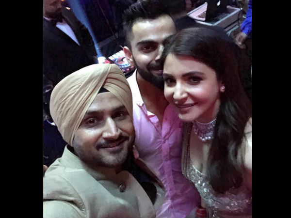 Harbhajan Singh With The Newlyweds