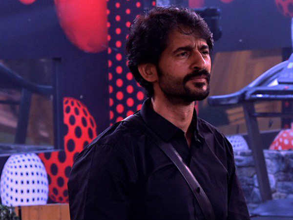 Bigg Boss 11's Evicted Contestant Hiten Tejwani Says Shilpa Shinde Is Chatur & Chalak, Hina Is Fake!