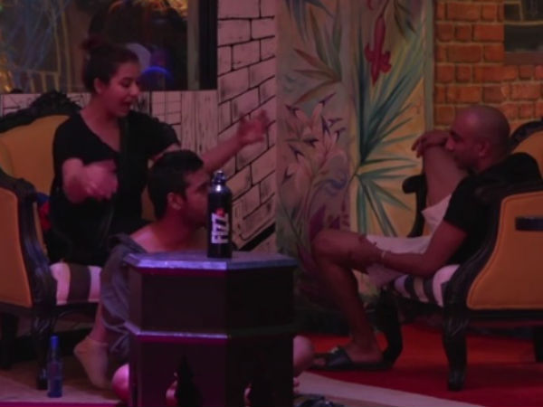 Bigg Boss 11 UNSEEN! Shilpa Shinde Asks Akash Dadlani Not To Touch Her!