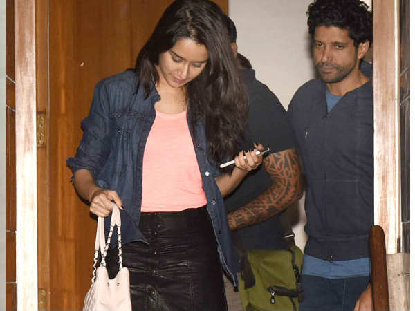 Shraddha In No Mood To Patch Up With Farhan?