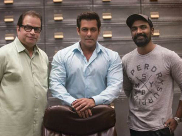 HERE is Salman Khan's special wishes for Race 3 producer Ramesh Taurani!