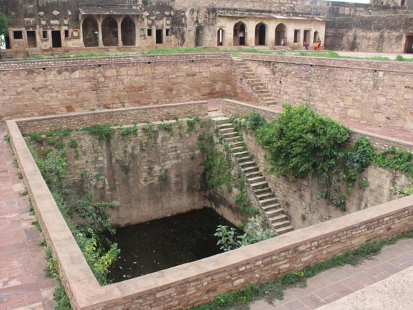 Rani Padmini Was The First To Jump In The Jauhar Kund