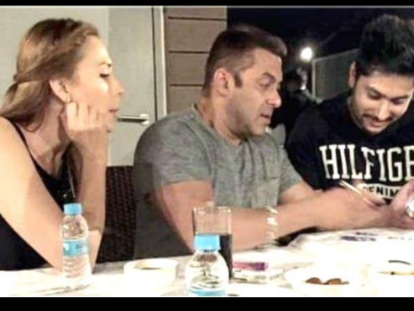Salman Khan Sings From His Heart And Soul: Iulia Vantur