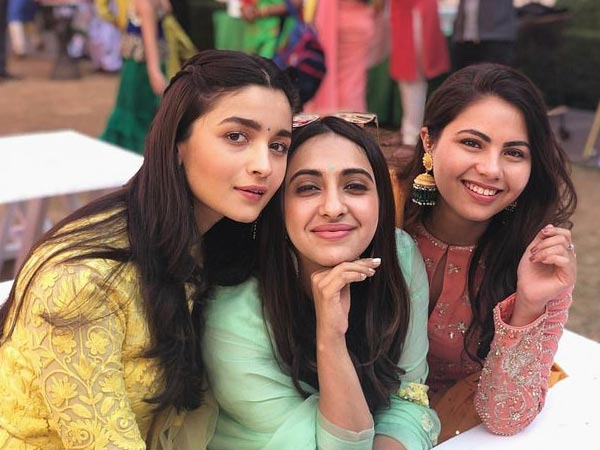 Alia With Her Girls